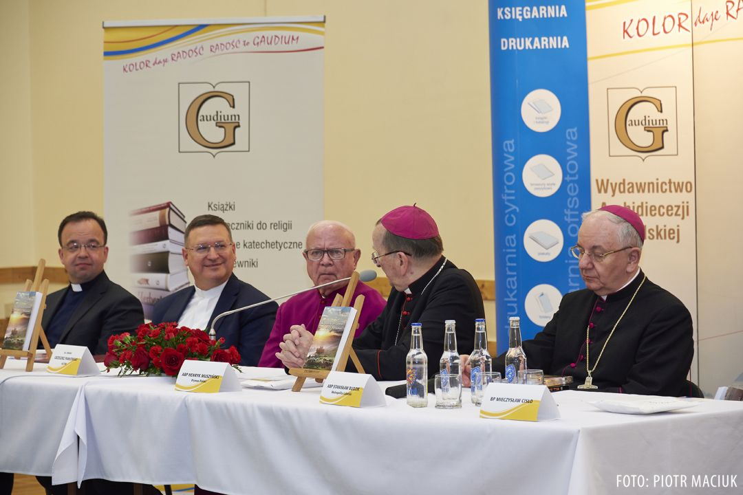 Zdjęcia z Kapłański testament sługi Mesjasza, ks. Grzegorz Pawłowski - promocja w Metropolitalnym Seminarium Duchownym